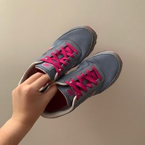 New Balance 501 Magenta and Gray Size 7